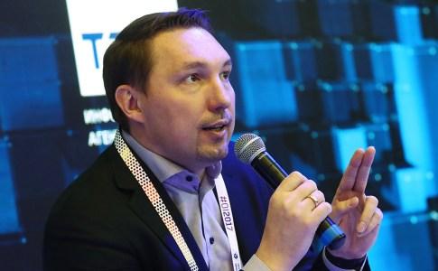 Интернет-омбудсмен Дмитрий Мариничев пообещал каждому жителю Земли собственную криптовалюту