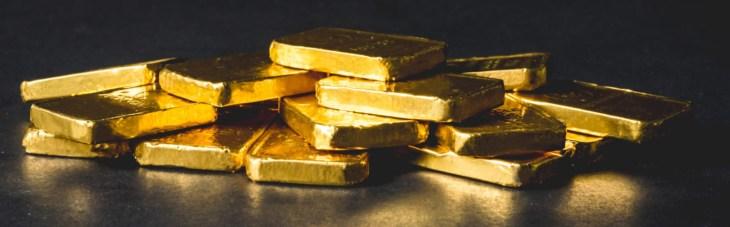 Как отреагирует биткоин на подорожание золота до $2300?