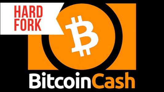 Хардфорк Bitcoin Cash завершён, идёт битва за доминирование