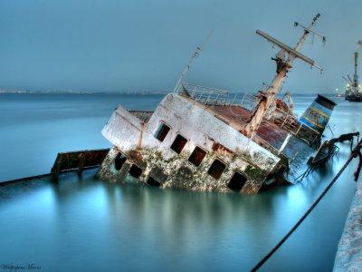 Отчет: Альткоин Tron — это «тонущий корабль»