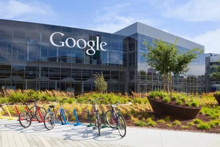 Google возобновляет публикацию рекламы цифровых валют