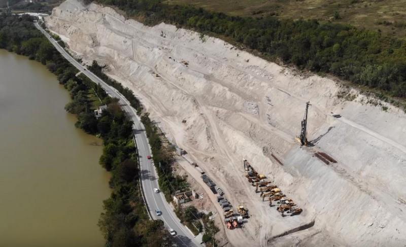 Constructia autostrazii A1, Bucuresti-Nadlac si viaductul de la Soimus pana la Mintia BAT PASUL PE LOC