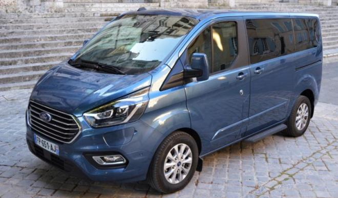 Ford Tourneo Custom PHEV, test drive  Ford Tourneo Custom PHEV, drive test  Ford Tourneo Custom PHEV, consum benzina  Ford Tourneo Custom PHEV, probleme  Ford Tourneo Custom PHEV, pret real  Ford Tourneo Custom PHEV, test ro  Ford Tourneo Custom PHEV, whattruck  Ford Tourneo Custom PHEV