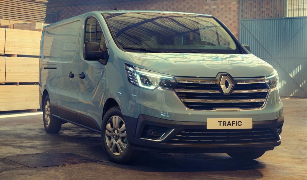 Renault a lansat noul Trafic Van 2022! Din pacate ajunge in Romania abia anul viitor