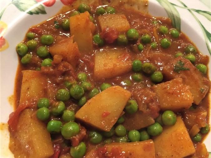Potato and pea curry (2)