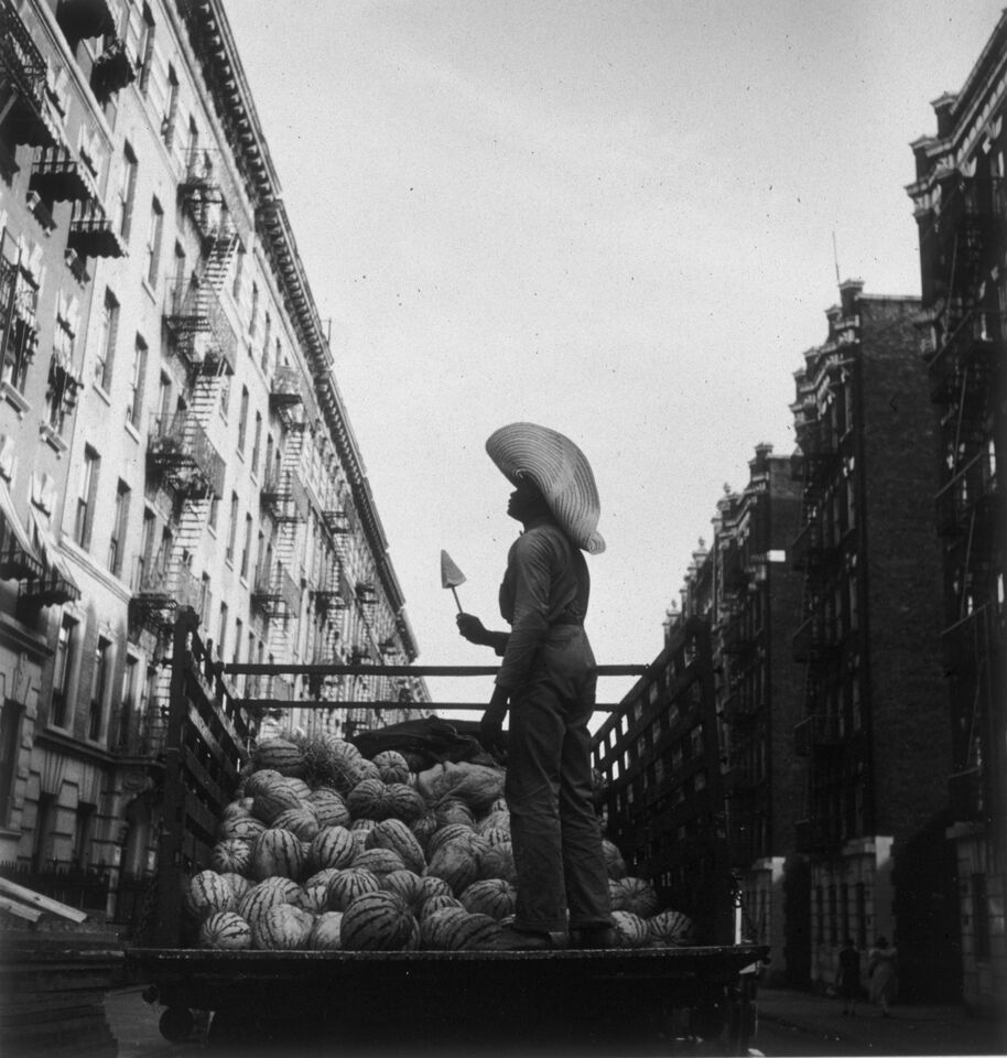 """""""Watermelon Seller"""" from the series Harlem Document 1932-40 by Aaron Siskind (courtesy of Gallery Kayafas, Boston)."""