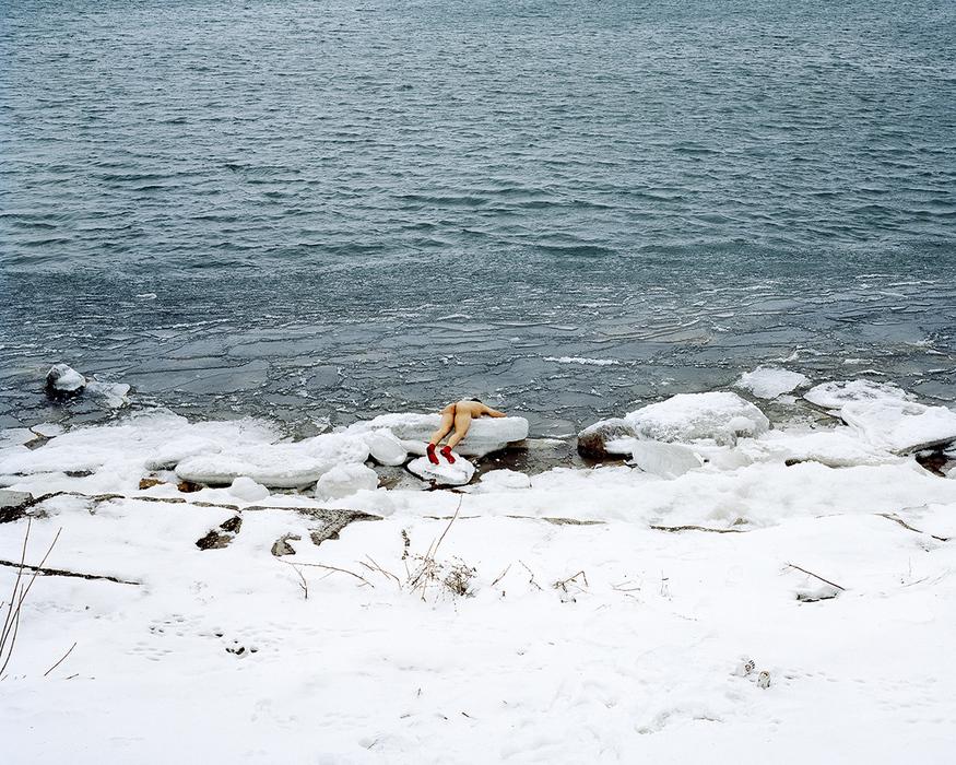 """""""Sea (Lake Michigan), 2014"""" by Guanyu Xu (courtesy of the artist)."""