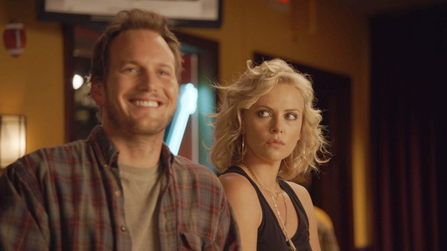 patrick-wilson-charlize-theron-young-adult-movie-image.jpg