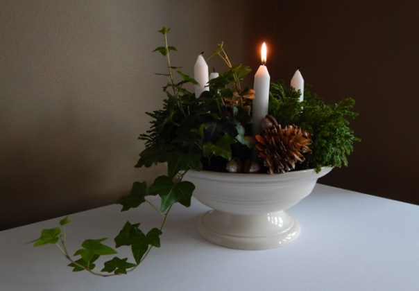 Urn advent wreath