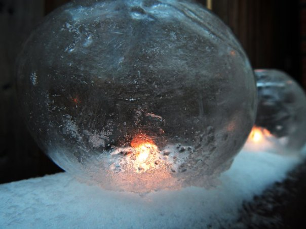 balloon ice lantern