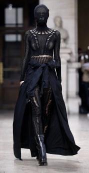avant-garde-fashion-6