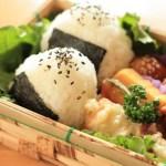 夏のお弁当に入れてはいけない食材と傷みにくい食品や保管法は?