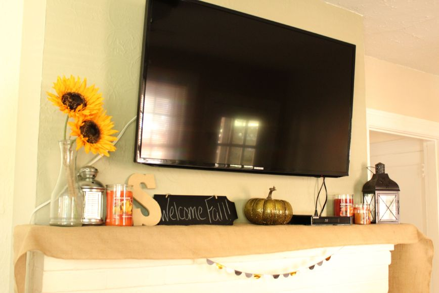 How to Put Together a Beautiful Fall Mantle (For Cheap!) #loveamericanhome #ad