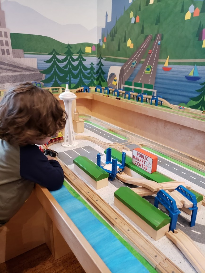 Seattle trip - family travel - family adventures - children's museum - What You Make It blog - mom blog