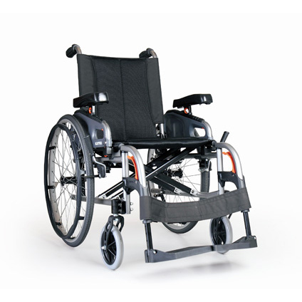 KARMA FLEXX SELF-PROPELLING WHEELCHAIR