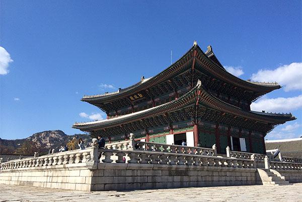 Gyeongbokgung Palace, Seoul Wheelchair Accessible Travel Guide