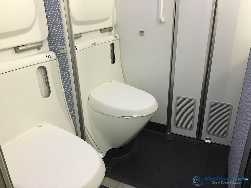 wheelchair accessible lavatories - wheelchairtravel