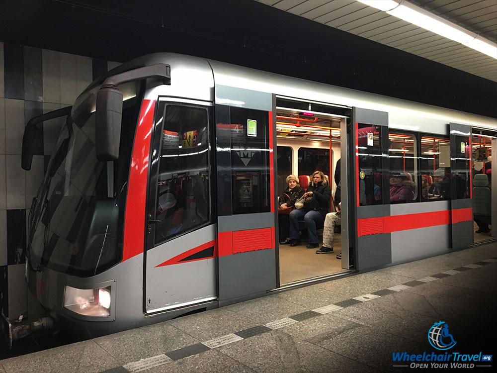 Dating metro Praag Dating Divas blogspot