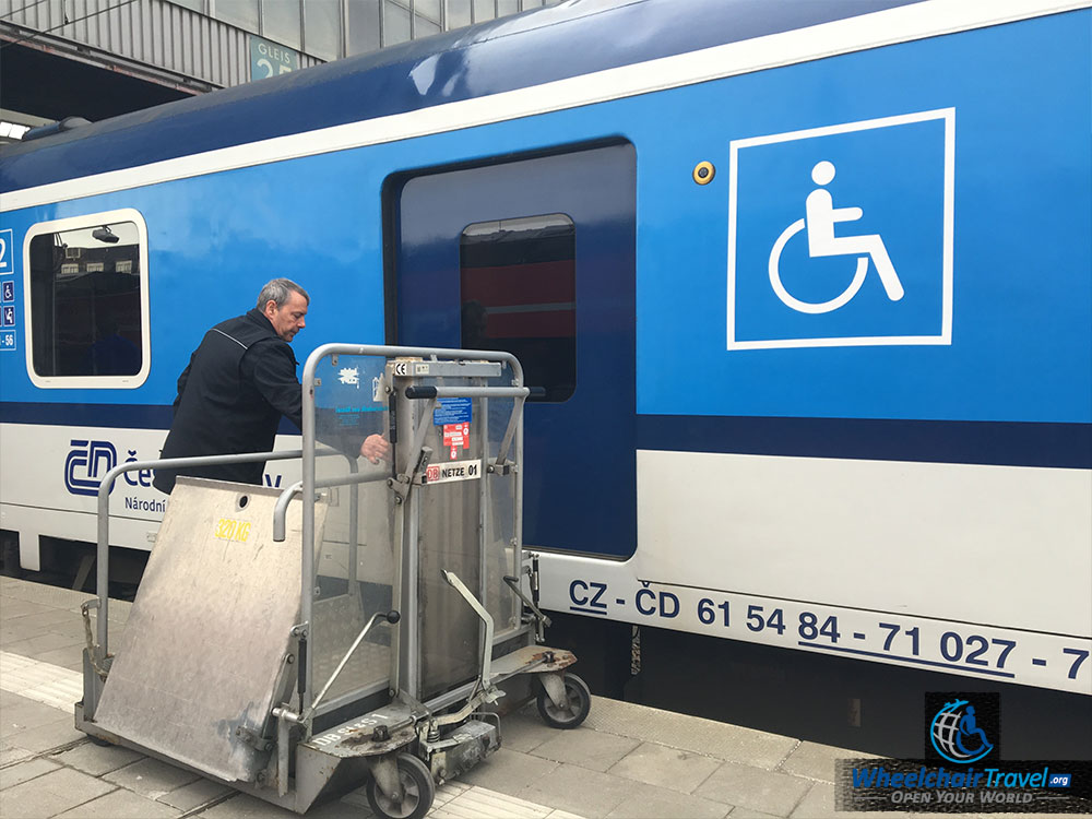 ALEX Train Wheelchair Lift Access Boarding Door