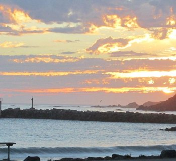 PHOTO DESCRIPTION: Sunset off the coast of Brookings, Oregon.