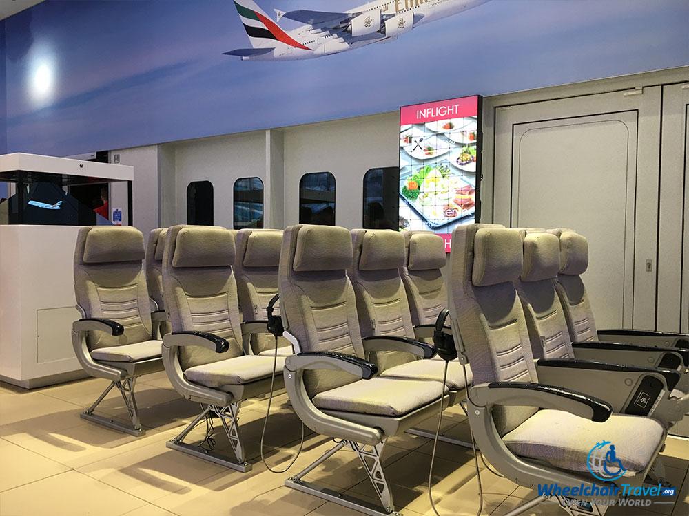 Emirates economy class seat arrangement