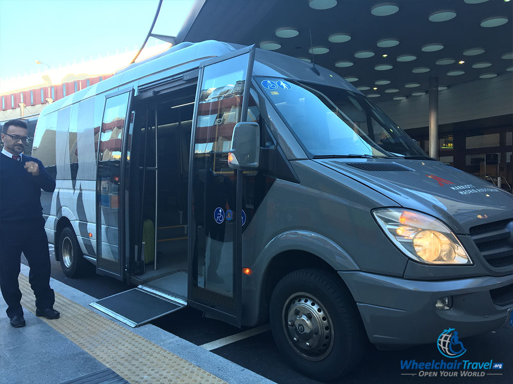 Complimentary wheelchair accessible airport shuttle to the Madrid Marriott Auditorium Hotel.