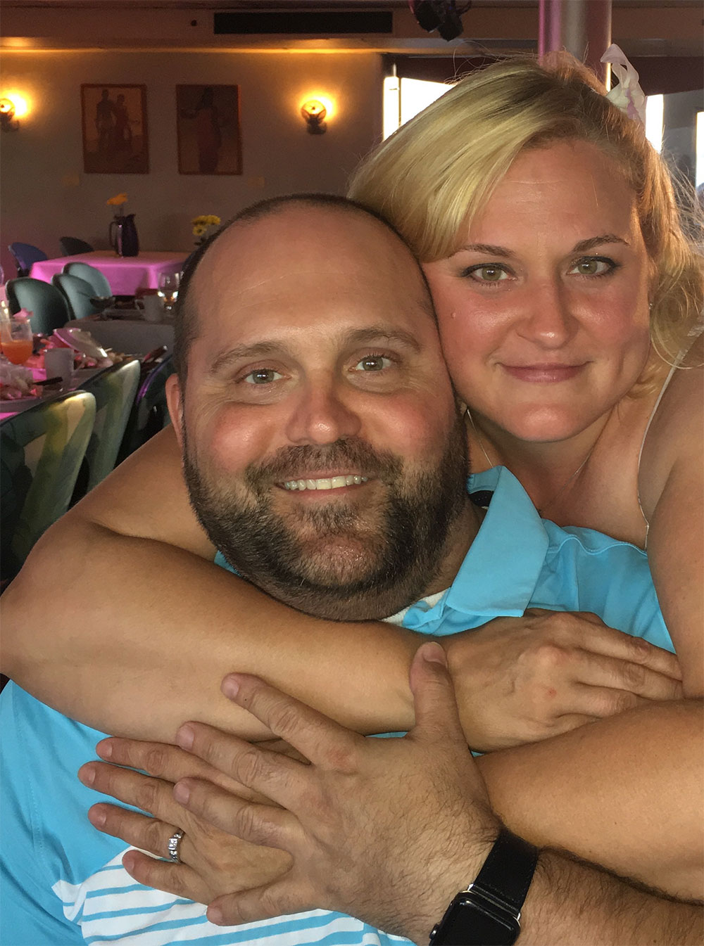 Happy couple Josh & Dawn Albert enjoying their Hawaii vacation!