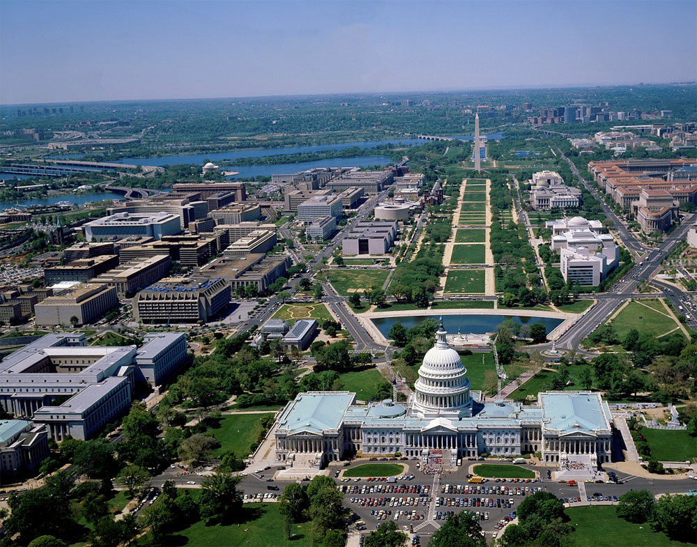 Aerial view of the National Mall in Washington, D.C.