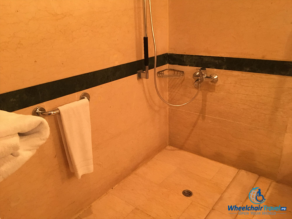 Wheelchair accessible roll-in shower.