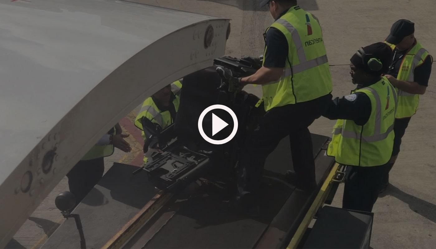 Video of airline mishandling power wheelchair.