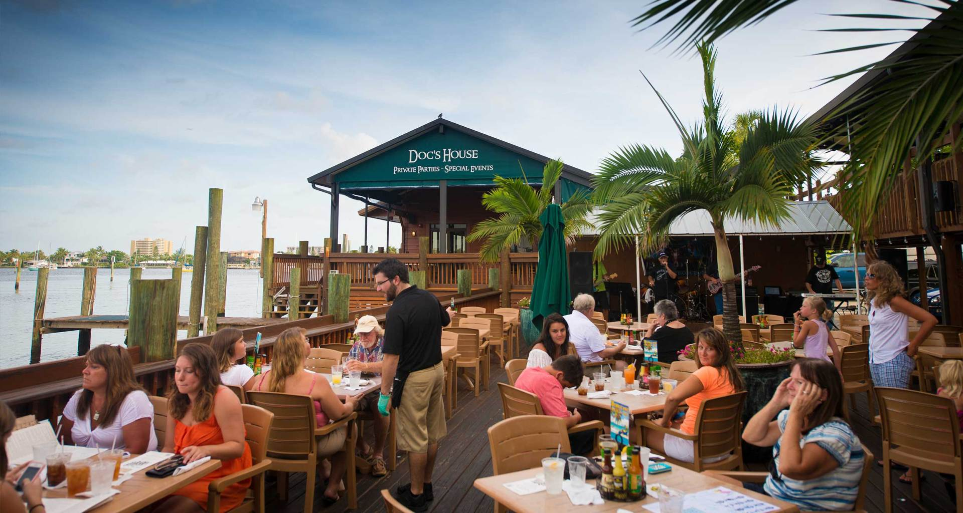 Outdoor dining at Doc Ford's in Fort Myers Beach, Florida.