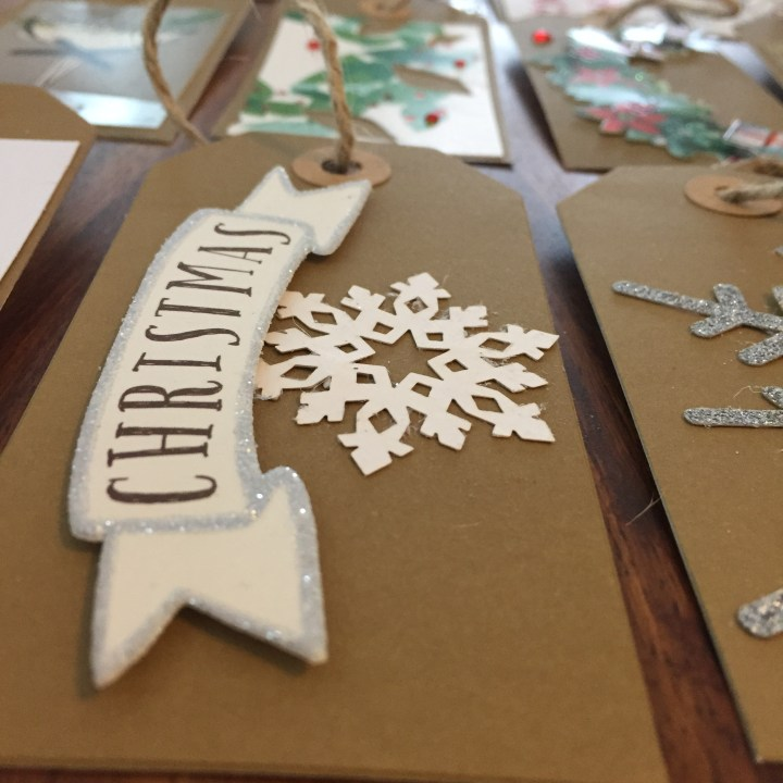 Making gift tags from your Christmas cards