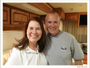 C-20121202 Linda & Howard (3) (JPG)