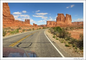 """Driving through the """"Courthouse Towers"""" in Moab"""