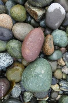 Colorful rocks at Agate Beach