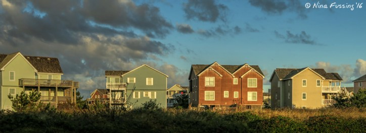 Rows & rows of these vacay houses on the northern islands