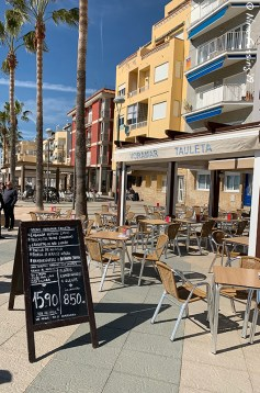 Beach-front restaurants