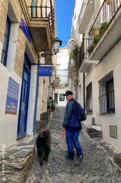 Exploring the back alley gems of Cadaques