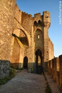 Castle arches & lines
