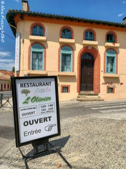The entrance to Restaurant L'Olivier