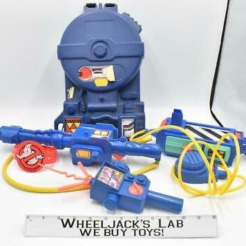 Kenner The Real Ghostbusters Proton Pack, PKE Meter, Ghost Trap, Arm Band