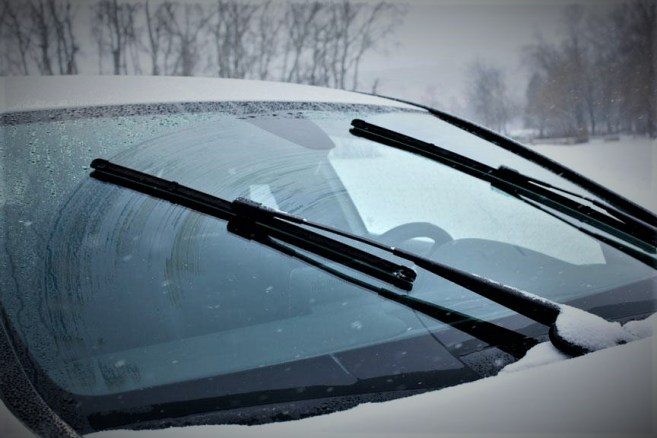 Windshield Wipers-winter maintenance tips
