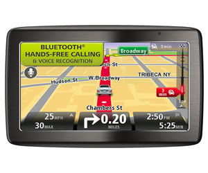TomTom VIA 1535TM 5-Inch Bluetooth GPS Navigator with Lifetime Traffic & Maps and Voice Recognition Review