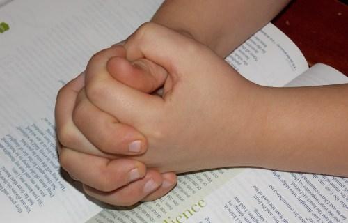 Raising A Kid That Prays