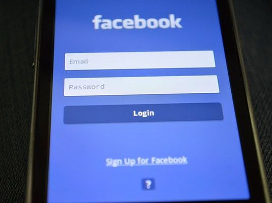 Interact in a positive way on Facebook, a leading social media network
