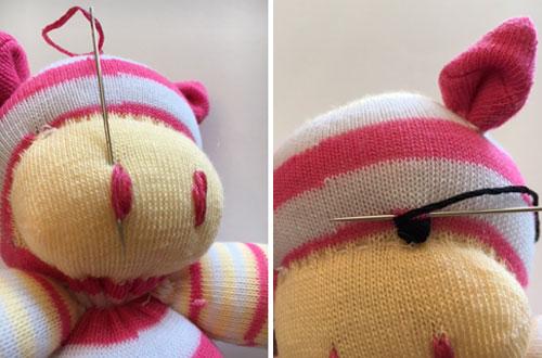 This Little Piggy Sock Animal Illustration 17