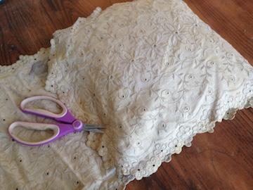 Tea-dyed Linen Pillowcase 3