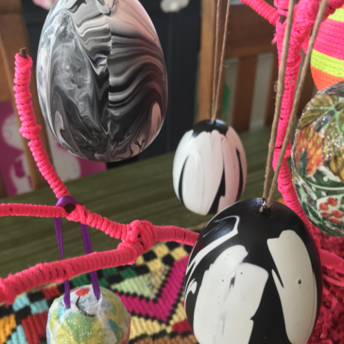Marbelized Easter Eggs