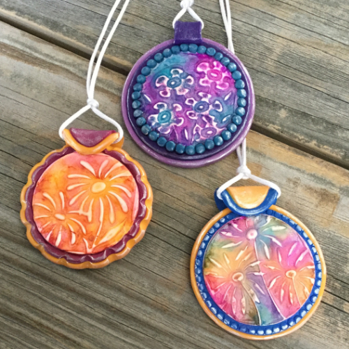 Easy Faux Batik Polymer Clay Pendants