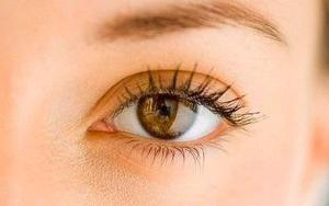 Dr. Massry has performed hundreds of eyelid surgeries